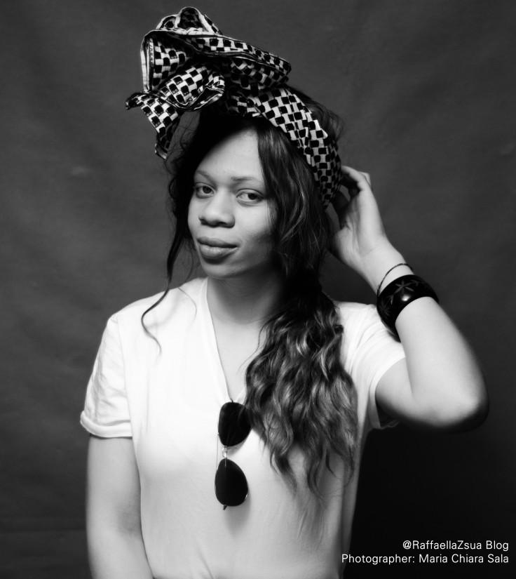 mezzo-piano-ragazza-albina-afroitaliana-portrit-albinism